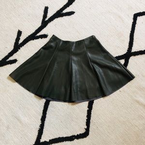 Olive Lord & Taylor Faux Leather Skate Skirt - XS